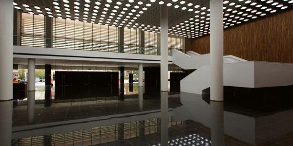 hall (1)