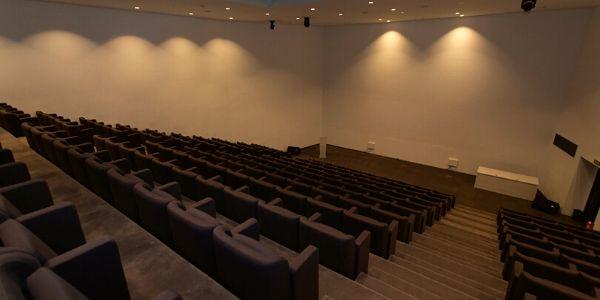sala de conferencias (2)